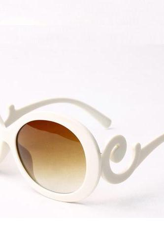 Free shipping European Style Weave Embellished PC Sunglasses - White