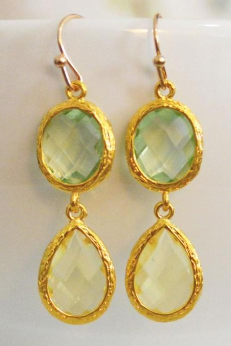 SALE) B-031 Glass earrings, Chrysolite & lemon yellow drop earrings, Dangle earrings, Gold plated/Bridesmaid gifts/Everyday jewelry/