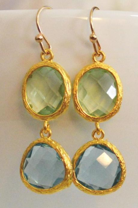 SALE) B-030 Glass earrings, Chrysolite&aquamarine drop earrings, Dangle earrings, Gold plated earrings/Bridesmaid gifts/Everyday jewelry/