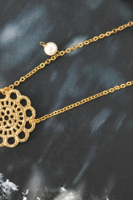 A-012 Lace pendant with pearl necklace, Gold plated chain / Bridesmaid gifts /Everyday jewelry/