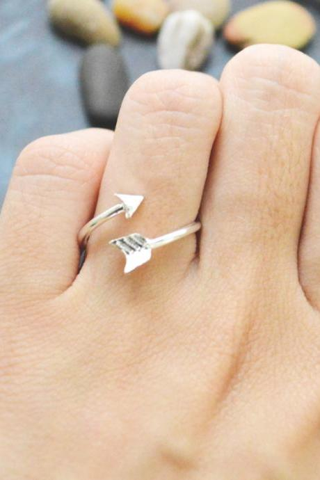 E-046 Arrow ring, Adjustable ring, Stretch ring, Simple ring, Modern ring, Silver plated ring/Everyday/Gift/