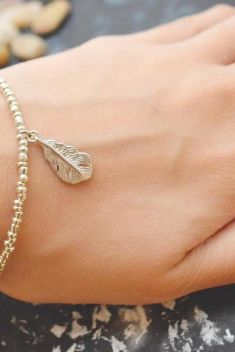 C-052 Silver Beaded bracelet, Seed bead bracelet, Feather bracelet, Pendant Bracelet, Simple bracelet, Charm bracelet/Everyday jewelry/