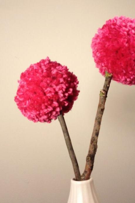 Yarn Pom Pom 'Puffsy Sticks'