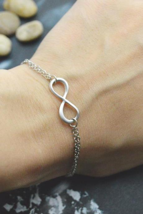 C-038 Infinity bracelet, Double layered bracelet, Simple bracelet, Silver plated/Everyday jewelry/