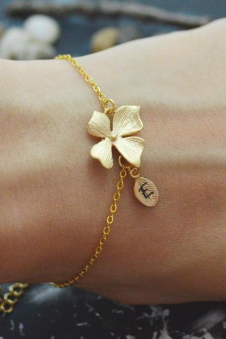C-036 Flower initial bracelet, Personalized bracelet, Simple bracelet, Gold plated/Everyday jewelry/