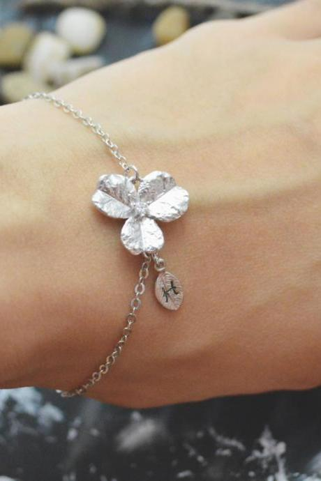 C-034 Flower initial bracelet, Personalized bracelet, Simple bracelet, Rhodium plated/Everyday jewelry/