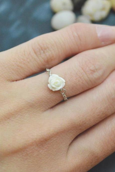 E-036 Rose ring, Chain ring, Flower ring, Cabochon ring, Simple