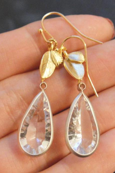 B-018 Leaf earrings, Bezel set crystal drop earrings, Dangle earrings, Gold plated earrings/Bridesmaid gifts/Everyday jewelry/