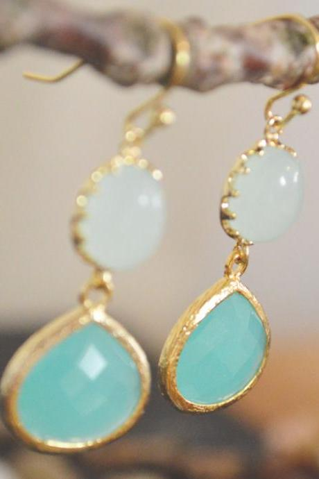 B-020 Glass mint earrings, Bezel set mint blue drop earrings, Dangle earrings, Gold plated /Bridesmaid gifts/Everyday jewelry/
