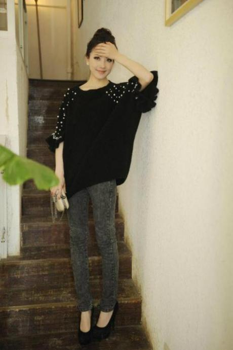 2013 New Fashion Pure Handmade Pearl Beaded Middle Bat Sweater Flounces Loose Ladies Sweater JXZZ-36 Black