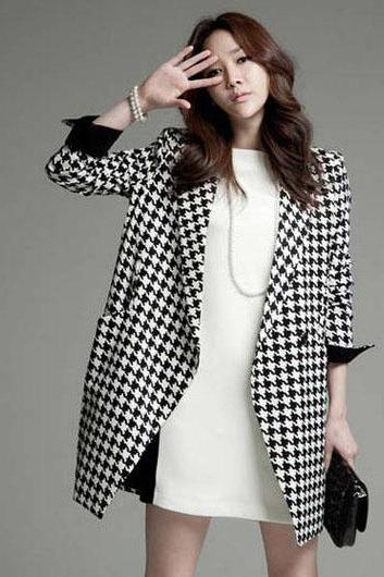 European Style Plaid Long Sleeve Coat for Woman