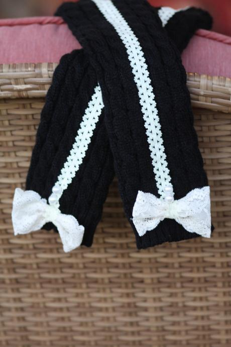 Kids leg warmers- Girls Boot Cuffs, Black and White Socks, legwarmers, Boho, Lace Bow. Christmas gift, Children Winter Socks
