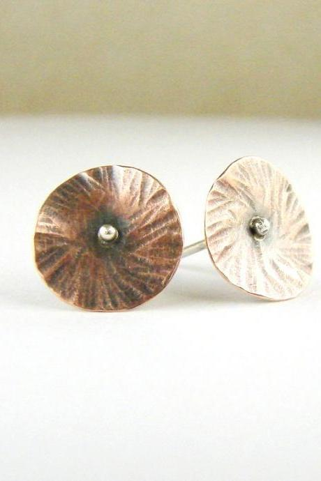 Delicate stud earrings . Small fowers . Copper and silver