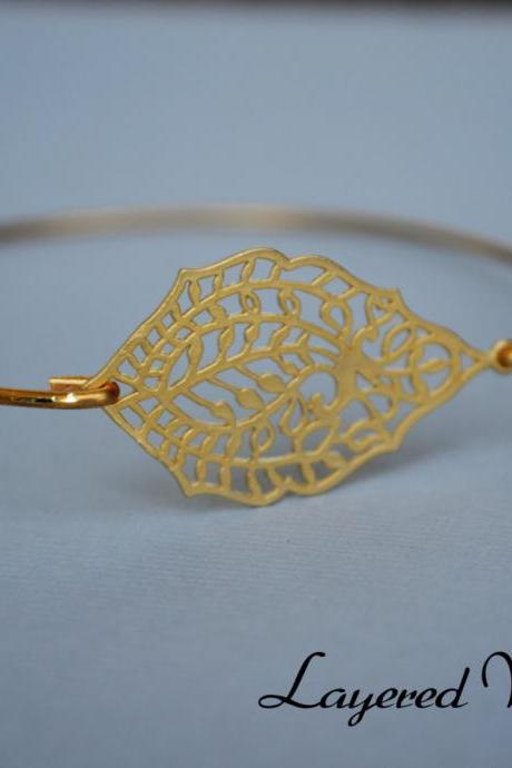 Gold Bangle Bracelet- Gold Bangle Jewelry- Geometric Gold Bangle- Bridesmaids Gift Ideas- Casual Wear- Minimalist- Wire Bangle- Filigree