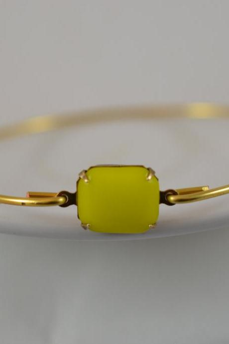 Bright Yellow Opaque Vintage Glass Bangle Bracelet- Gold Bangle Bracelet- Stone Bangle- Bridesmaids Gifts- Casual Wear- Minimalist