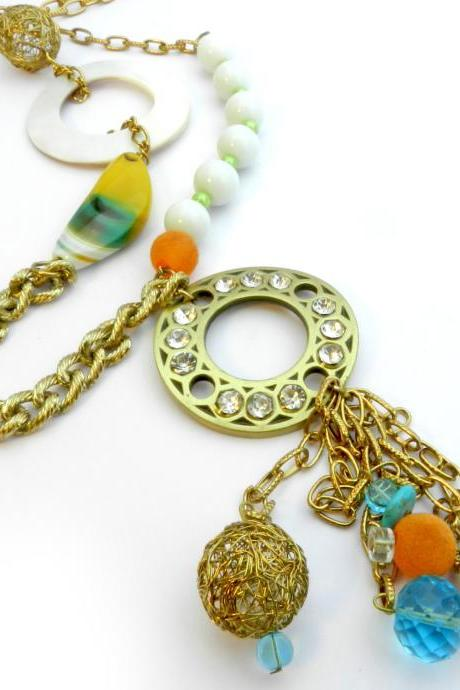 Long chunky necklace accessory