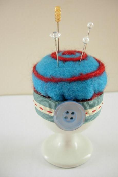 Pin cushion felted novelty egg cup