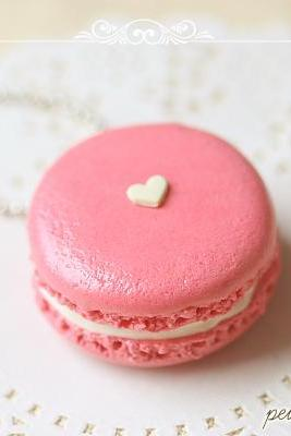 Food Jewelry - Sweetie Pink Macaron Necklace