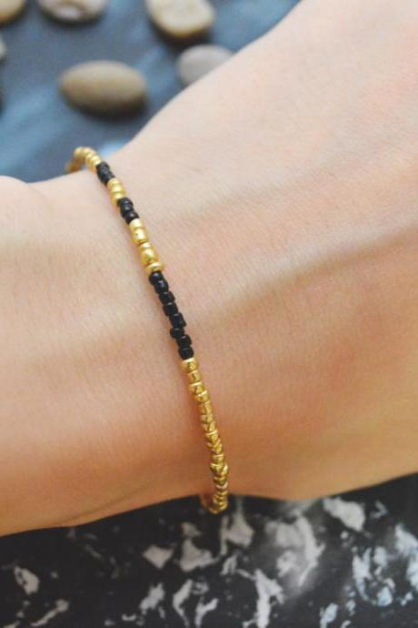C-094 Gold Beaded bracelet, Seed bead bracelet, Black beads, Simple bracelet, Modern bracelet/Everyday jewelry/
