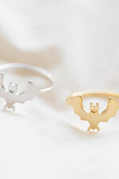 cute bat ring ,,batman ring/thumb ring/cool ring/unique ring/men ring/couple ring/mens ring/fashion ring/pink ring/silver ring,R700N
