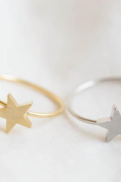 Simple star ring,Jewelry,Ring,star ring,cute star,simple ring,stack ring ,girls ring,minimalist,unique ring,star jewelry,dainty ring, R270N