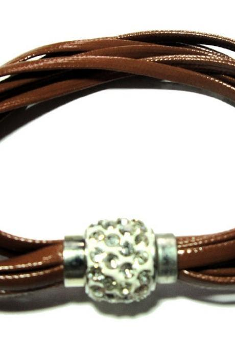 Multi strands leather bracelet with pave crystal closure