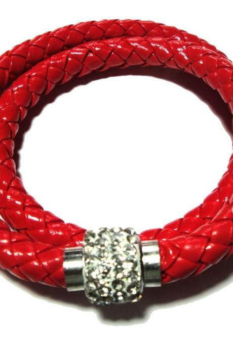 Leather double braided bracelet with magnetic crystal closure