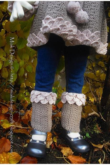 Leg Warmers with Crocodile Edge and Pompoms - PDF Pattern
