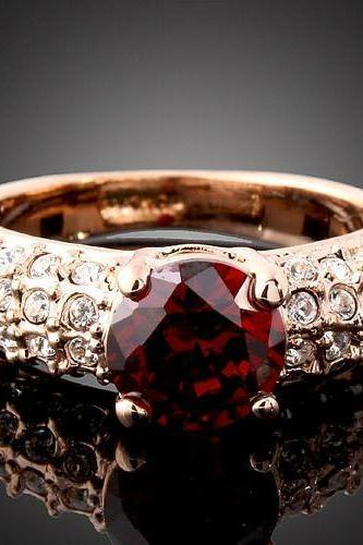 18k Rose Gold Plated Ruby Crystal Ring