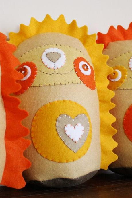 BOObeloobie Holly the Hedgehog in Yellow, Orange, cream and white accents
