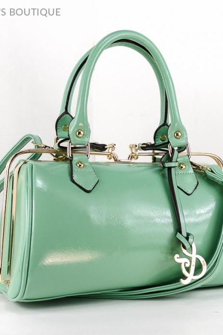 Frame Style Mint Color Leather Purse