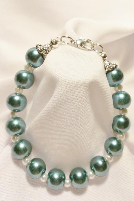 Seafoam Green and White Bracelet