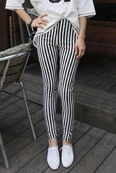 Black and White Striped Slim Fit Leggings