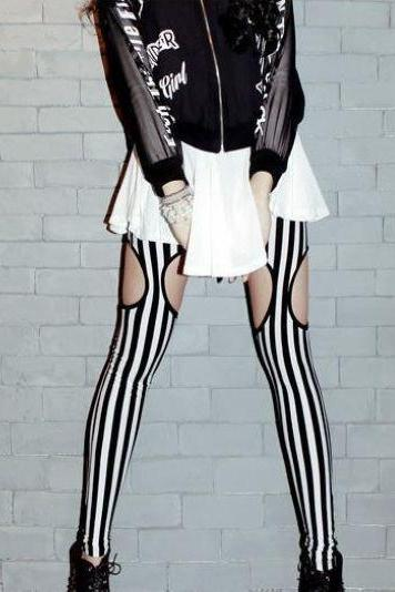 Black and White Stripe Leggings