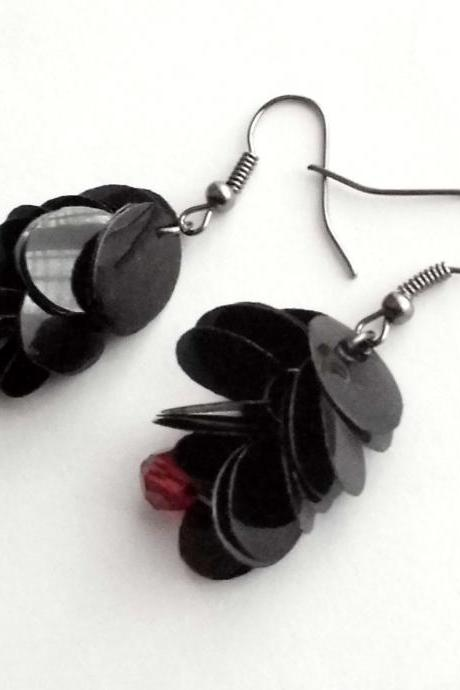 Eco friendly gothic earrings made of recycled plastic bottles in black & red , upcycled jewelry, repurposed