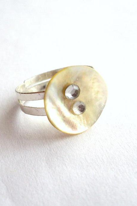 Adjustable ring made of vintage pearl white buttons with tiny rhinestones - upcycled jewelry, soft, pastel, cream