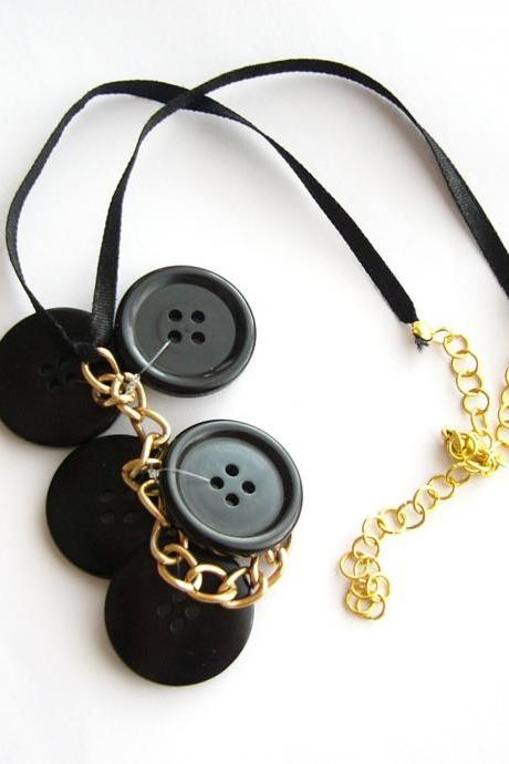 Black necklace handmade of large vintage buttons and golden chains, upcycled jewelry, recycled, repurposed, handcrafted, OOAK, gothic
