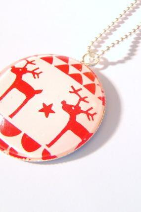 Two Santa's Reindeers Deers with Stars Red Christmas Necklace
