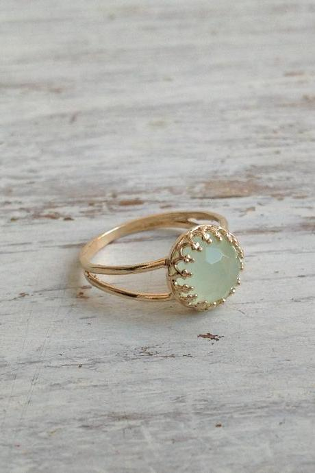 Gold ring, gemstone ring, jade ring, stacking ring, stackble gold ring, green, light green ring, jade