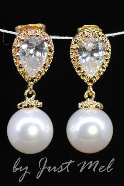 Gold Plated Cubic Zirconia Teardrop Earring with White Pearl (E201)