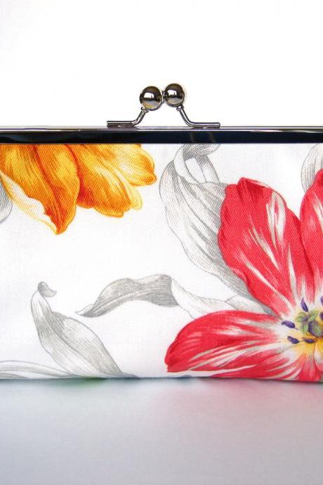 Clutch Frame Kisslock Purse Silk Lined Tulip Flower Print