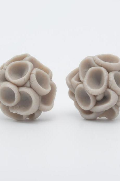 Earrings Studs , Khao-Lak Post Earrings With Porcelain Flowers, Mocha Color