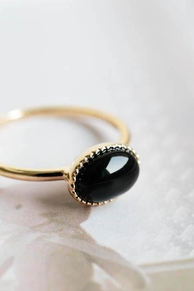 Onyx stone ring,Jewelry,Ring ,black stone,black ring,black and gold,lord of the rings,gold black ring,black onyx ring ,unisex ring,R244N