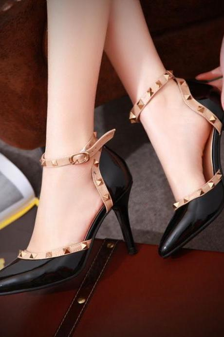 Sexy Black Rivets Design Pointed Toe High Heel Fashion Shoes