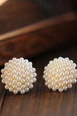 Adorable Pearl Embellished Earrings