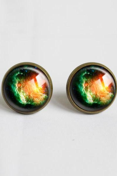 Galaxy universe Stud Earrings.with glass dome.Cosmic Nebula Glass Earrings.14mm Round,Glass Jewelry.Green And Yellow Earrings (ER18)