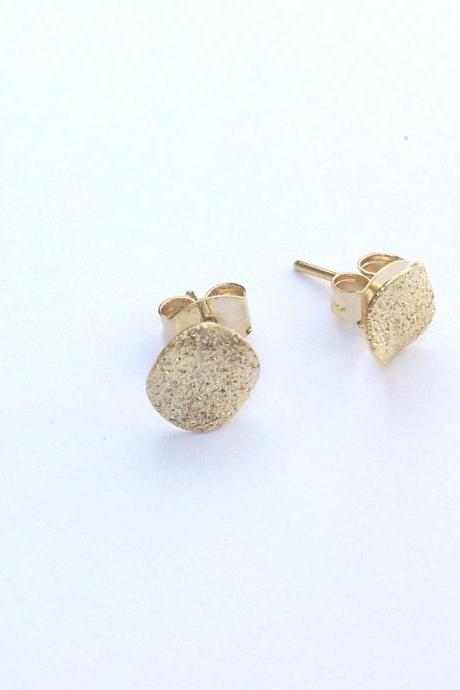 Gold earrings, stud earings, classic earrings, gold disc earrings, gold filled earrings, gold stud earrings -526