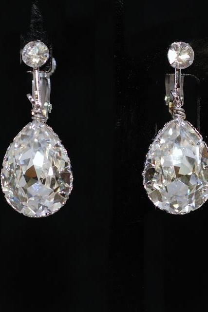 Wedding Jewelry, Bridesmaid Earrings - Crystal Screw Back Clip On Earring with Swarovski Clear Teardrop Crystal (E661)