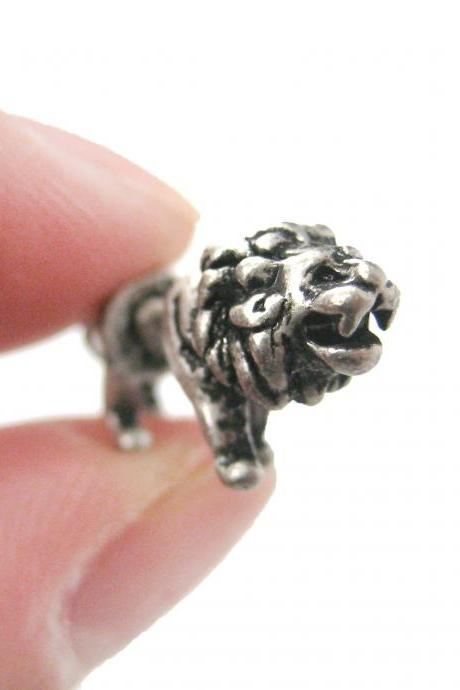 UNIQUE FAKE GAUGE LION SHAPED ANIMAL STUD EARRINGS IN SILVER