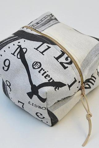 World Clock Small Make Up Bag. Print World Clock Fabric Cese. Canvas Zip Pouch.Cute Make up Bag.